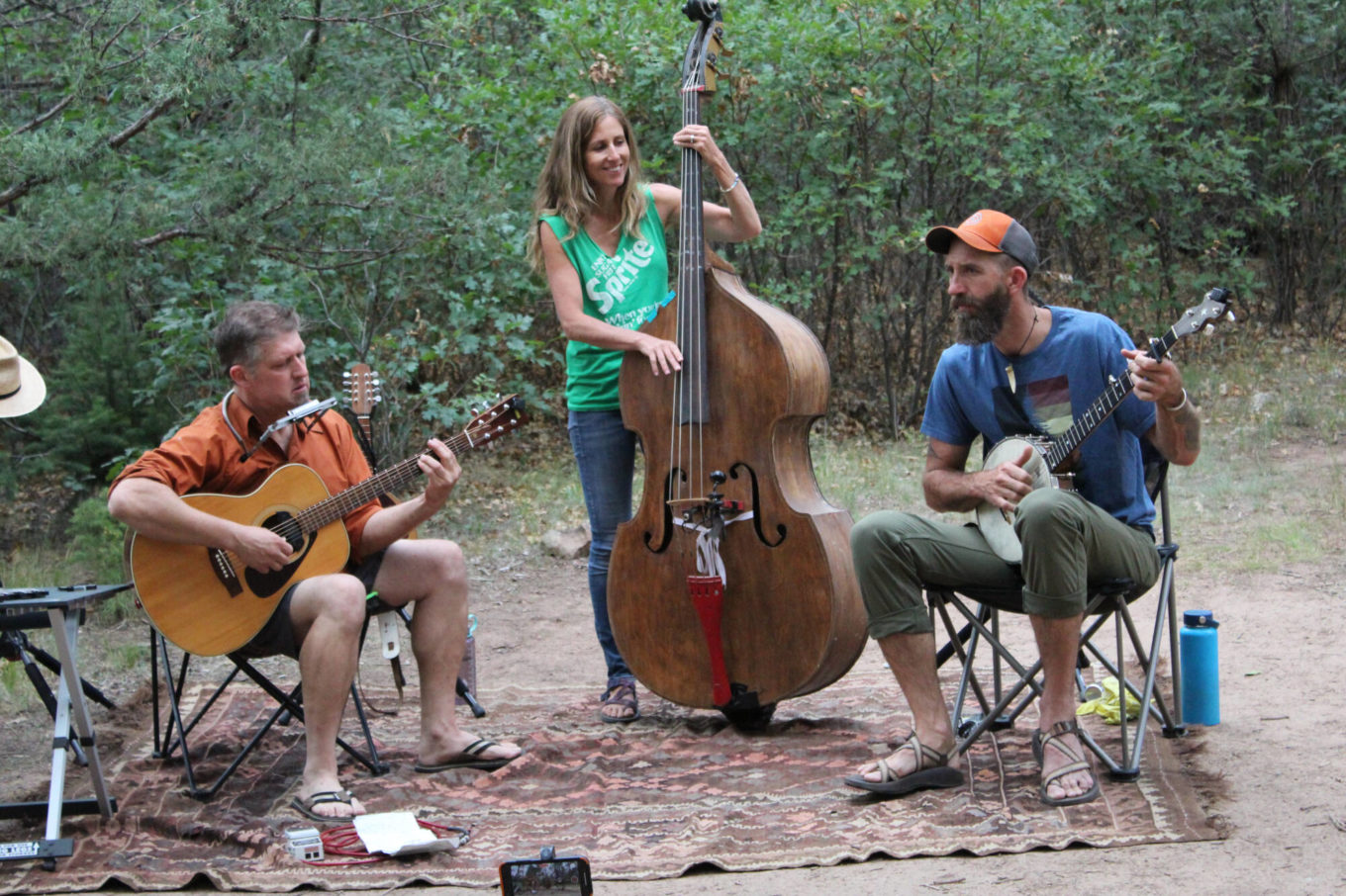 Local musicians playing during a rio chama music trip