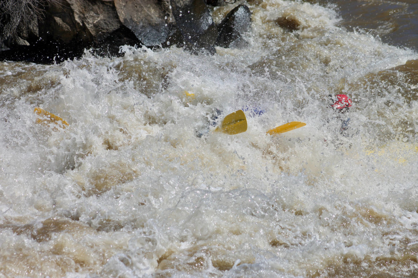 Rio Grande rafters going through the ultimate whitewater